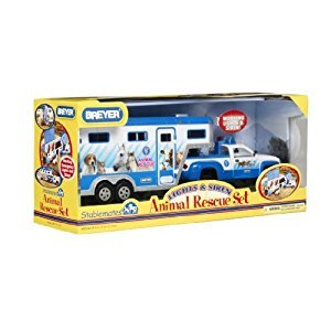 Breyer 1:32 Scale Stablemates Animal Rescue Truck and Trailer by Breyer