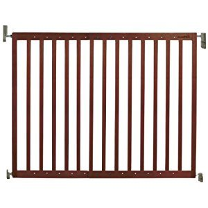 Munchkin Extending Wood Safety Gate, Brown