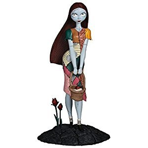 Diamond Select Toys Nightmare Before Christmas Sally PVC Figure