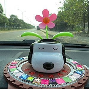 Lanlan Automobile Decoration Solar Powered Cartoon Snoopy Shape Flowerpot Flip Flap Leaf Dancing Car Toys